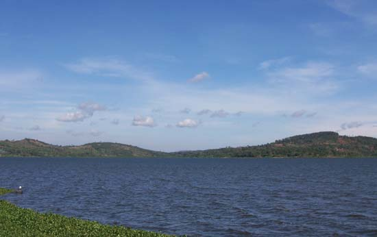 4 Days Lake Victoria Tour