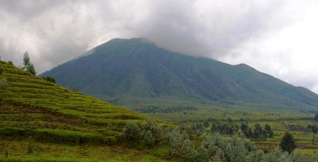 Mount_Karisimbi_Volcano_Rwanda